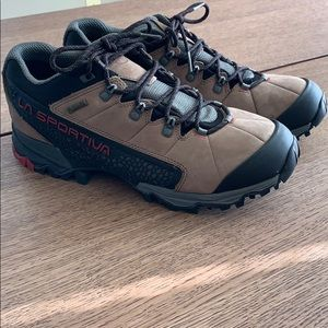 La Sportiva Men's Genesis GTX Hiking Boots